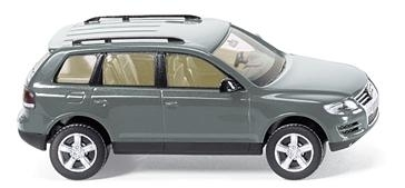 WIKING 0060 38  VW Touareg I GP - granite green-metallic