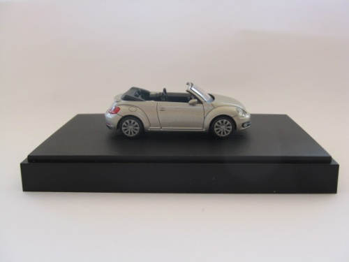 WIKING VW 5C3 099 301 P7W VW Beetle Cabriolet - Moon Rock Silver Metallic
