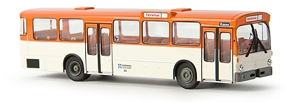 Brekina autobús urbano MB o 305 Stadtwerke Frankfurt Görtz 50770